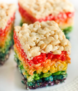 rainbow-rice-krispie-treats-raspberri-cupcakes